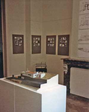 <p>Maquette, foto's en tekeningen van M. José Van Hee</p>