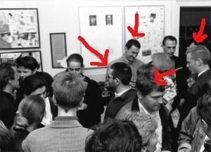 <p>Van links naar rechts: Hans Foncke (architect en docent St. Lucas Gent), Pascal Van Der Keelen (architect), vriend Patrick (verpleger) en Dirk Schutyser (advocaat)</p>