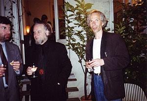 <p>Links Willy Van Den Bussche, toenmalig conservator van het PMMK. Rechts Ivan Adriaens</p>