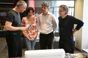 <p>Luc Tuymans met Ilona Terkessidis en Peter Ruyffelaere van Ludion, rechts: Johan Boeykens van Copyright Bookshop</p>