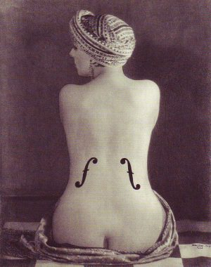 "<p>""Le Violon d'Ingres"". Man Ray,1924 (Centre Pompidou, Paris)</p>"