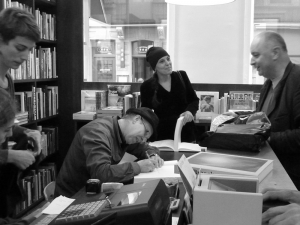 <p>Illustrator Gerda Dendooven en architect Paul Robbrecht</p>