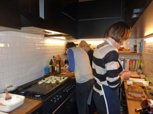 <p>Hilde en haar crew, in volle actie in de Copyright keuken!</p>