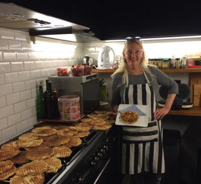 <p>Hilde Peleman bakte in haar Gentse keuken de heerlijkste hartenwafeltjes voor Patrick Van Caeckenbergh!</p>